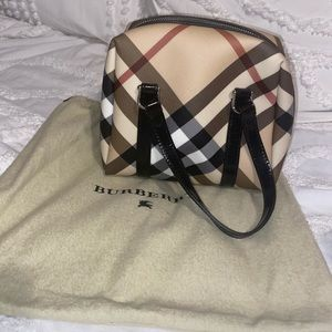 Small Vintage Burberry Tote